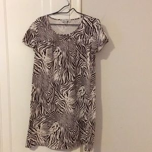 Short sleeved casual dress
